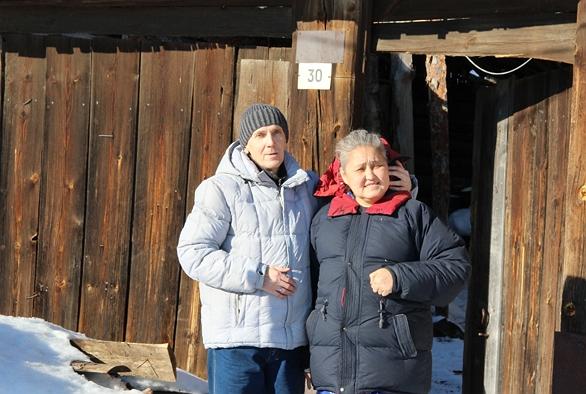 Ti aiuteremo a trovare una madre biologica e un padre biologico a Chelyabinsk, in Russia