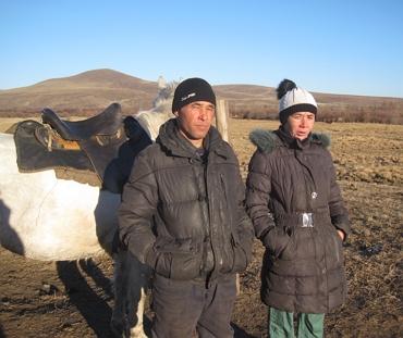 Trovare il padre biologico e i parenti nel Territorio Trans-Baikal, in Russia.