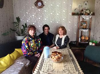Ti aiuteremo a trovare una madre biologica e parenti in Lituania.